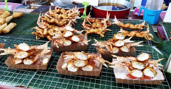 Seafood galore in Bangkok - crabs