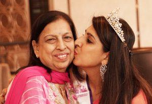 Kajol and mother
