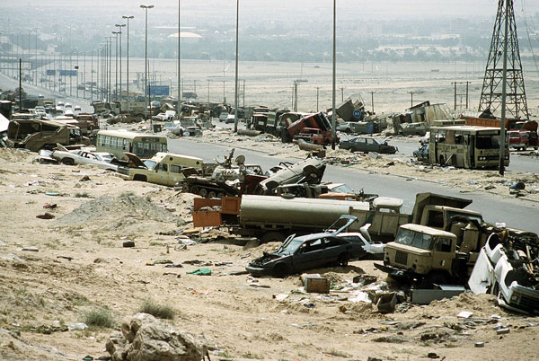 airlift gulf war kuwait